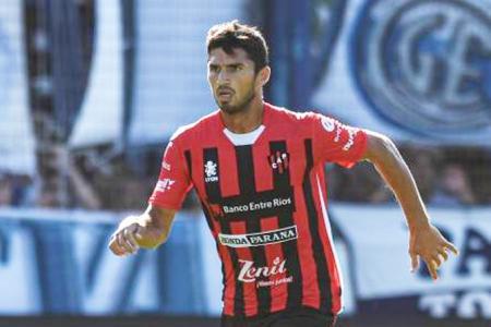 """""""Siempre está la esperanza de volver a Boca"""", reconoció el defensor de Patronato, Marín"""