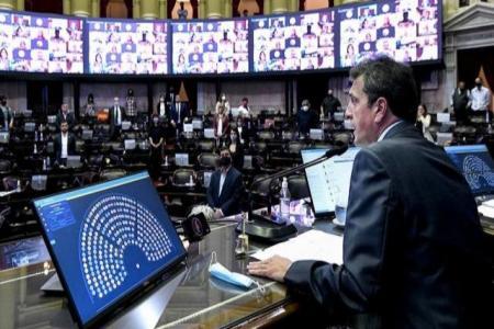 Massa adelantó que incorporarán más beneficios al proyecto de Ganancias