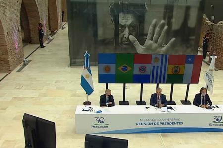 Los ministros de Relaciones Exteriores del Mercosur se reunirán el 26 de abril para evaluar una agenda de temas, entre ellos, la flexibilización comercial.
