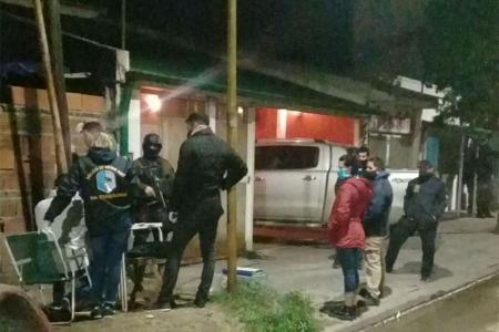 En el allanamiento de anoche se logró la detención de otras tres personas, presuntamente ligada a la red de venta al menudeo de drogas que lideraban los hermanos Torres en Gualeguaychú.