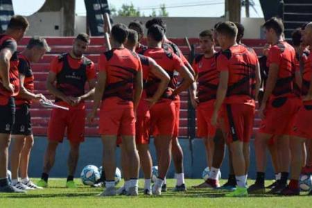 Al menos seis jugadores de Patronato no podrán iniciar las prácticas por la cuarentena