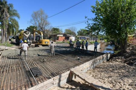 Bahl recorrió los avances en la obra integral de calle Manuel Gálvez