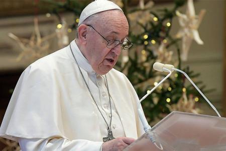 El Papa avisó de los riesgos de una comunicación social carente de controles.