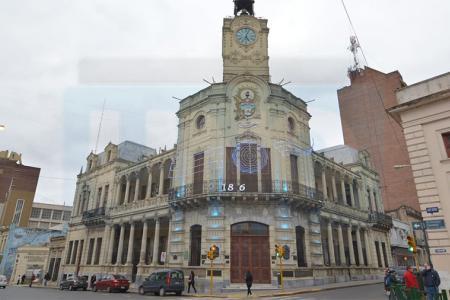 La Dirección de Empleo de la Municipalidad de Paraná informó que se prorrogó hasta el 31 de mayo el seguro por desempleo.