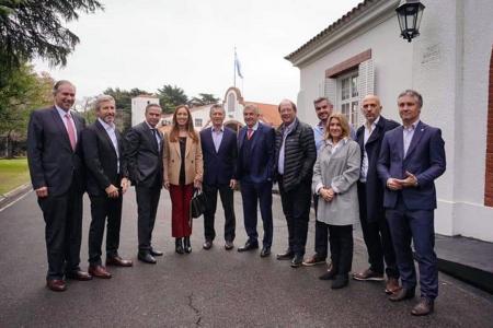 Foto de archivo de Pichetto y Vidal en la Quinta de Olivos.