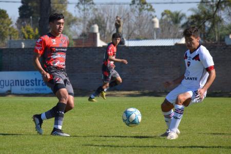 Fútbol: la Reserva de Patronato tropezó con Newell's en La Capillita