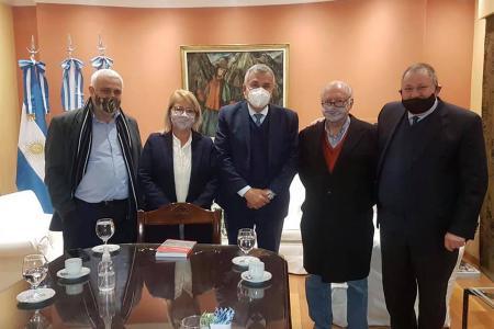 Acompañó a Fabián Rogel y Sara Foletto, además de Héctor Lebensohn (único hijo de Moisés Lebensohn), el ex concejal de Paraná, Marcelo Milano.