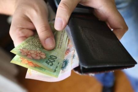El gobierno convocó al Consejo del Salario para el 27 de abril