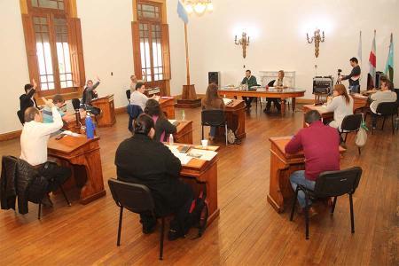 Fotografía de archivo del HCD de Gualeguaychú que aprobó gravar a los bancos y entidades financieras que operan en esa localidad.