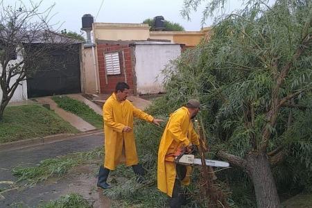 La Municipalidad asistió a familias afectadas por las intensas lluvias