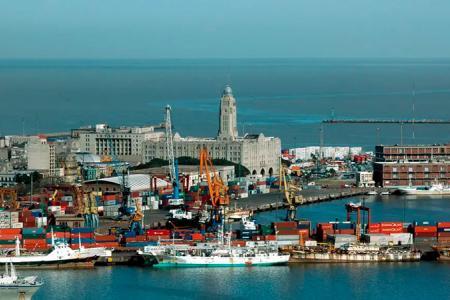 puerto de Uruguay