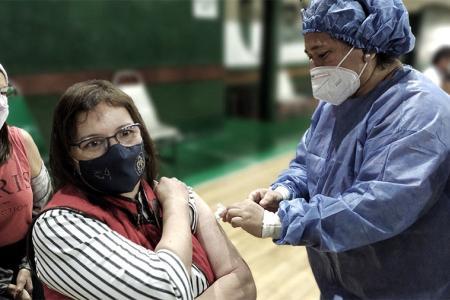 Argentina cuenta con una estrategia nacional de vacunación basada en los principios de equidad, accesibilidad y calidad.