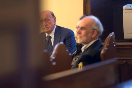Condenaron al ex presidente del Banco del Vaticano a casi 9 años de prisión
