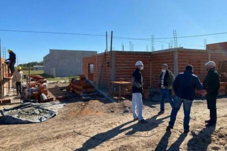 La provincia reanuda la construcción de viviendas en Crespo
