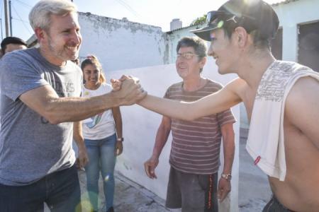 """Frigerio inauguró un local en la seccional 11 de Paraná y agradeció """"a la militancia"""""""