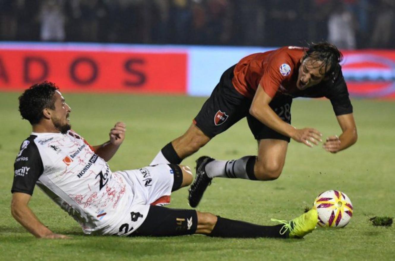 Fútbol: cambiaron horarios a pedido del gobierno y Patronato jugará más tarde en Rosario