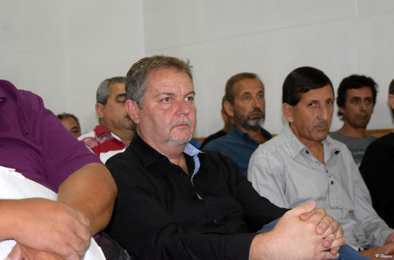 """""""A los clubes se les hace muy cuesta arriba"""", admitió Alejandro Schneider"""