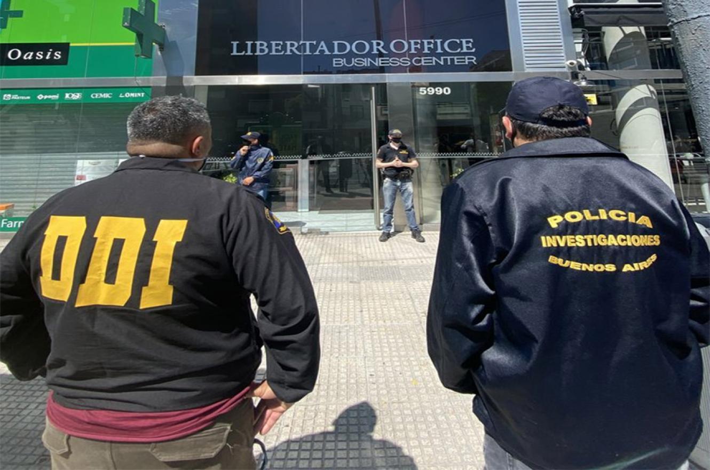 El allanamiento al consultorio de Luque en la torre Libertador Office, fue ordenado por el juez de Garantías de San Isidro, Orlando Díaz, a pedido de los fiscales que investigan la muerte de Maradona.