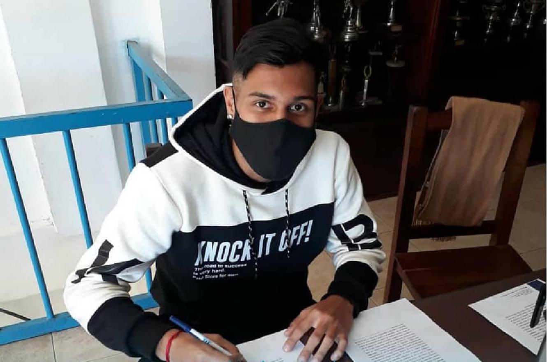 Torneo Federal A: Nahuel Amarilla firmó su contrato con Juventud Unida