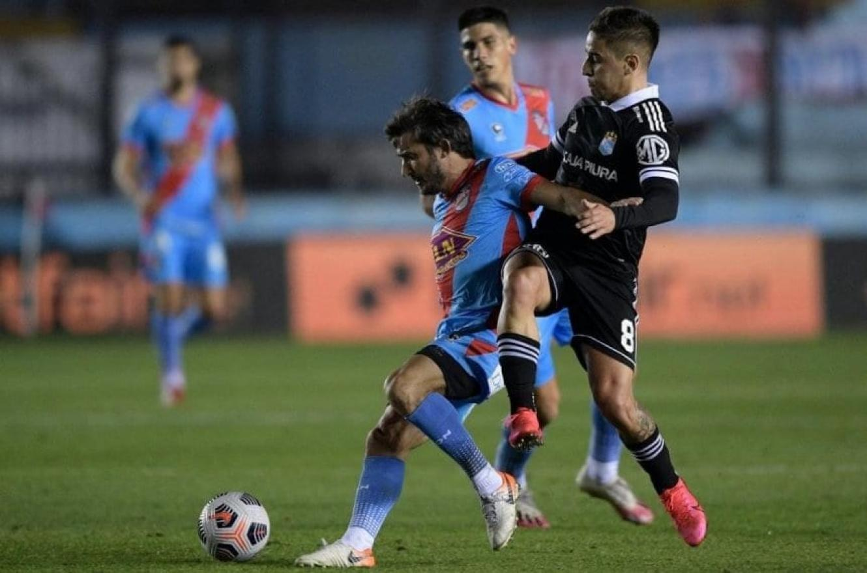 El empate no le alcanzó a Arsenal y se despidió de la Copa Sudamericana