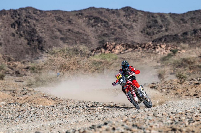 Los argentinos Kevin Benavides y Manuel Andújar alcanzaron la gloria en el Rally Dakar