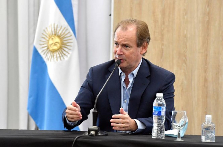 Política: El gobernador Gustavo Bordet confirmó que tiene covid-19