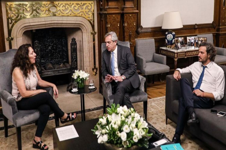 Cristina Caamaño con Alberto Fernández y Santiago Cafiero