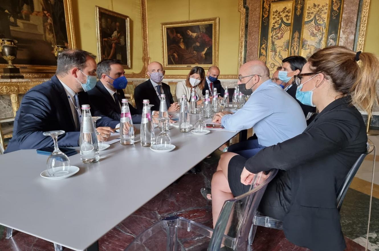 Juan Cabandié reunión