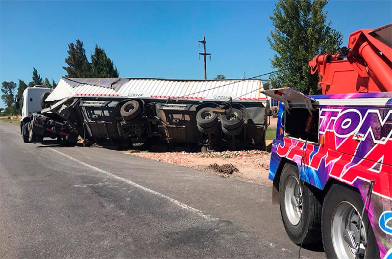 camión volcado