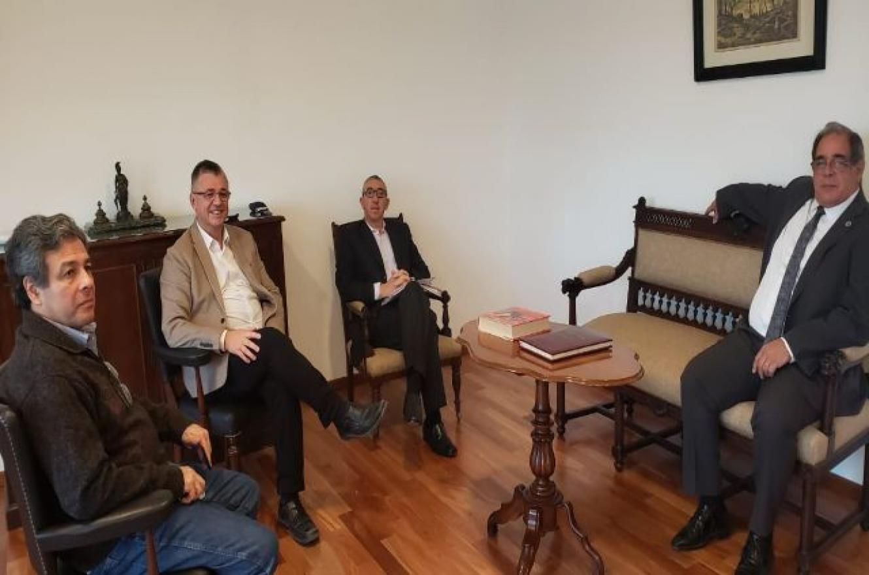 Carbonell y abogados