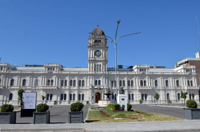 El gobierno provincial recibe este jueves a los gremios para hablar de salarios