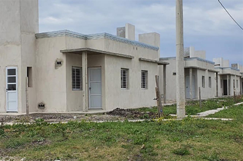 Continúan a buen ritmo las 77 viviendas en cuatro localidades entrerrianas del Programa Primero Tu Casa.