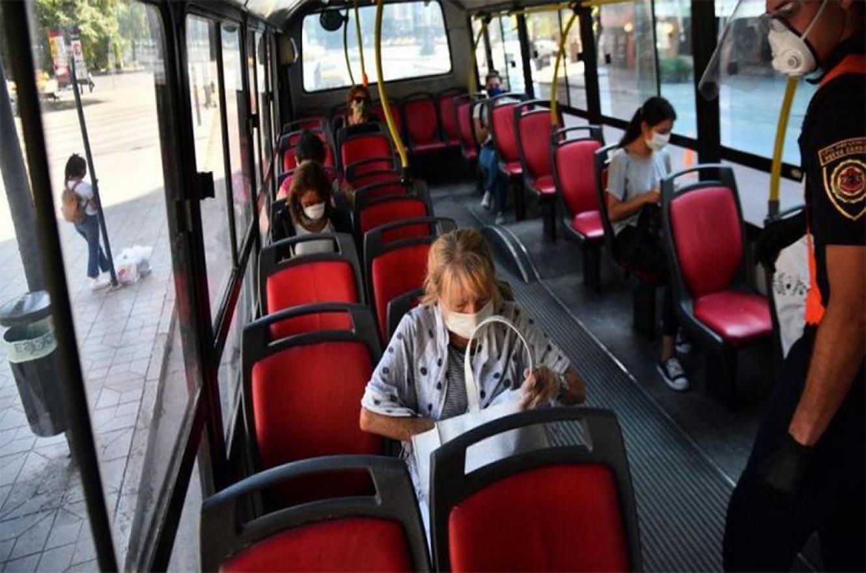 Ventilación cruzada, oxigenación y claraboyas son las tres medidas clave que deben utilizar el transporte urbano de pasajeros, además de no superar el 80 por ciento de su capacidad para transportar.
