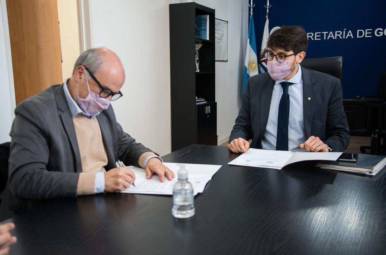 El municipio firmó un convenio de pasantías con la UNL