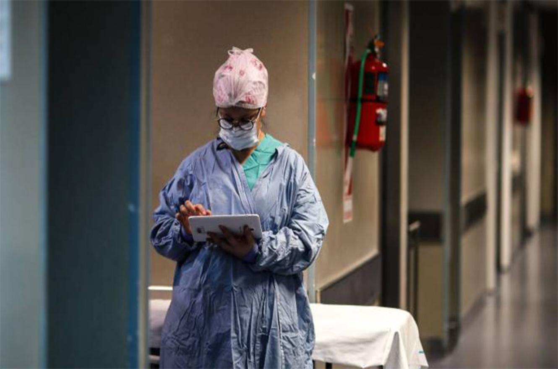 El Ministerio de Salud de la Nación confirmó que en las últimas 24 horas el número total de contagios desde el comienzo de la pandemia ascendió a 5.202.405, en tanto que los fallecimientos se ubican en 112.444.