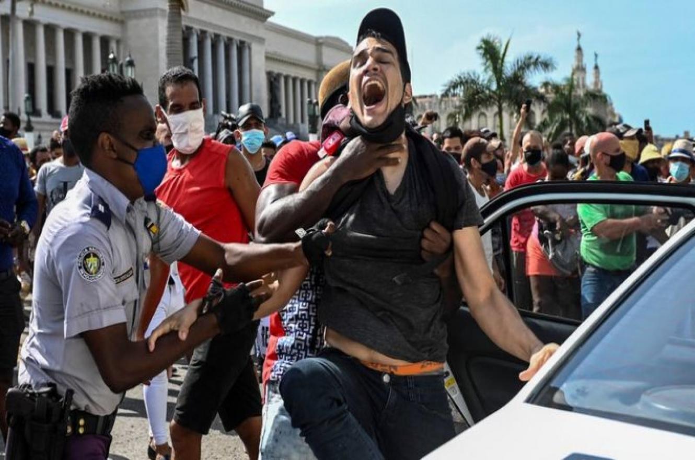 Cuba protesta y represión