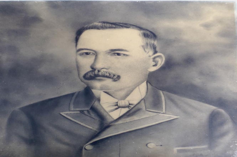 Encuentran en Gualeguay carbonillas hechas por el poeta  Juan L. Ortíz.