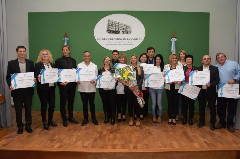 Reconocieron a 17 docentes con el premio provincial Manuel Antequeda