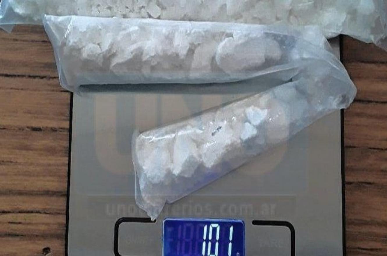 Paraná: arrojaron a la cárcel una bolsa con cocaína