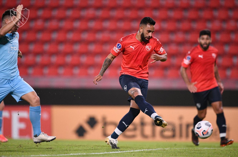 Independiente lo dio vuelta en Avellaneda y festejó en el regreso de Julio Falcioni
