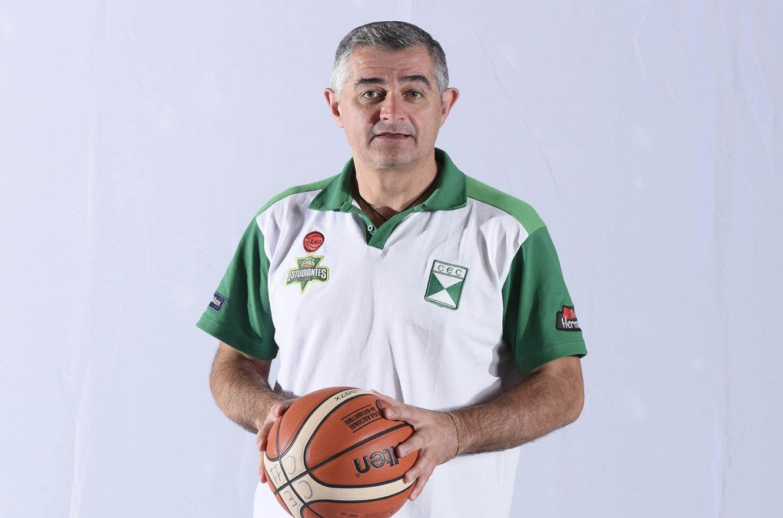 Eduardo Jápez seguirá como entrenador de Estudiantes de Concordia