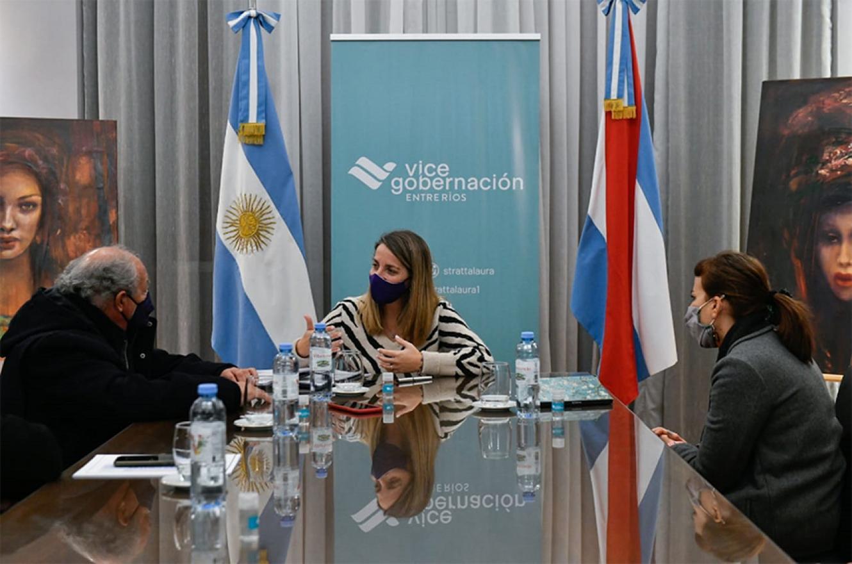El gobierno de Entre Ríos ratificó su compromiso para promover una cultura del encuentro que favorezca el desarrollo integral e igualitario de los y las jóvenes.
