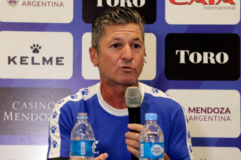 """Sciacqua fue presentado en Godoy Cruz: """"Éste es el desafío más importante de mi carrera"""""""