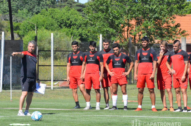 Fútbol: el próximo lunes volverán a entrenar los planteles de Primera División