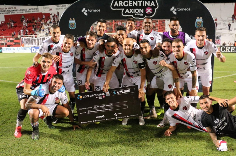 Por penales, Patronato venció a Instituto y avanzó en la Copa Argentina