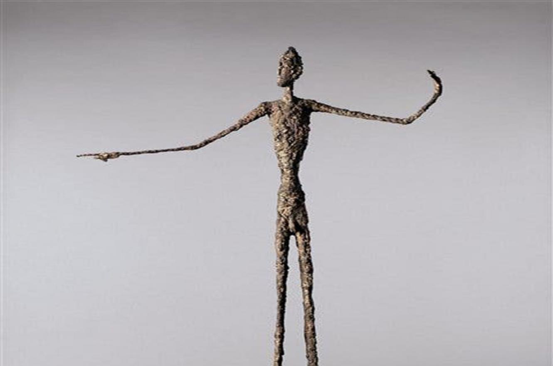 """""""El hombre que señala"""" de Alberto Giacometti, fue adquirida por el billonario norteamericano Steven Cohen, quien pagó por ella 14.139.000 dólares."""