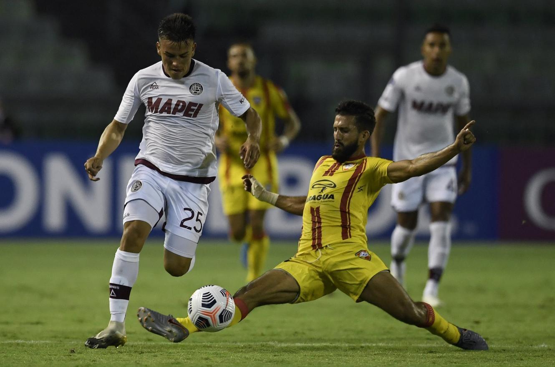 Copa Sudamericana: Lanús festejó un agónico triunfo como visitante en Caracas