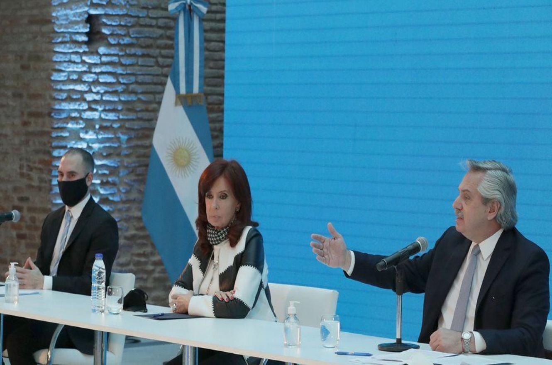 Fernández con Cristina y Guzmán