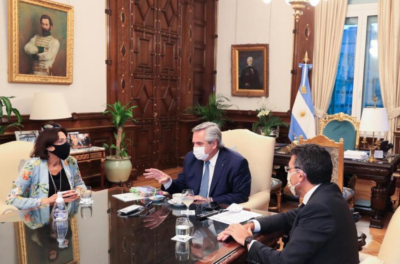 Fernández se reunió con dos entidades que nuclean a jueces de todas las provincias