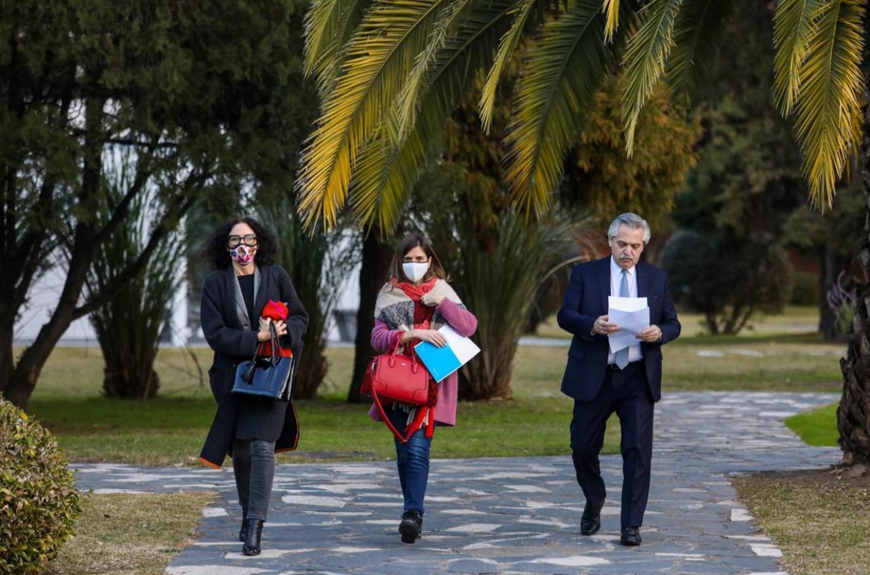 Fernández con Todesca y Raverta